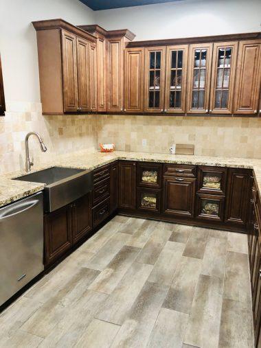 kitchen-brown-web-vert-a